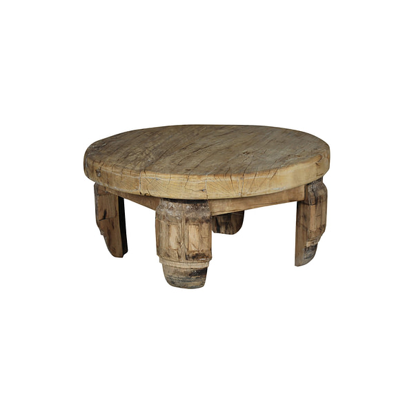 Old round table in vintage teak. Diameter 81 and height 38 cm