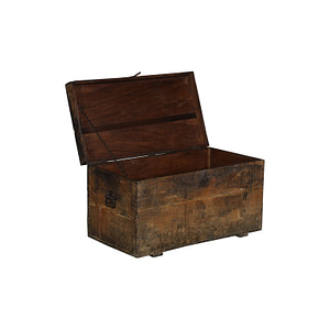 Old vintage box in the most beautiful patina. Works perfect as a sofa table or a pallet for storage. Size 84*44*46